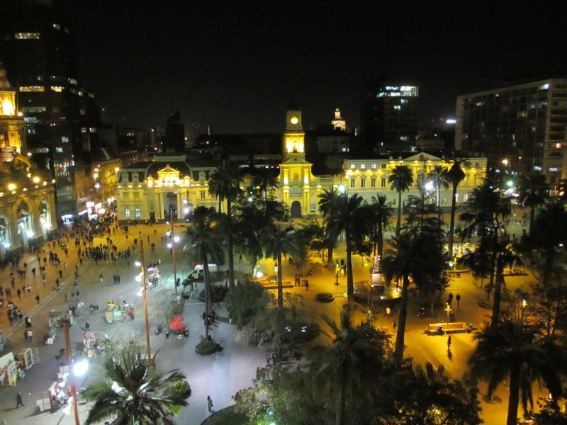 Plaza de Armas a noite, Santiago