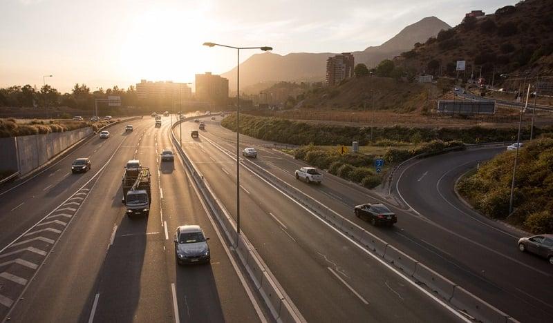 Como ir de carro do Aeroporto Internacional Comodoro Arturo Merino Benítez até o centro de Santiago do Chile