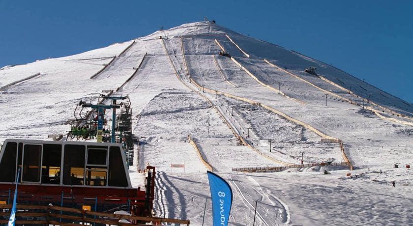 Infraestrutura na estação de esqui El Colorado