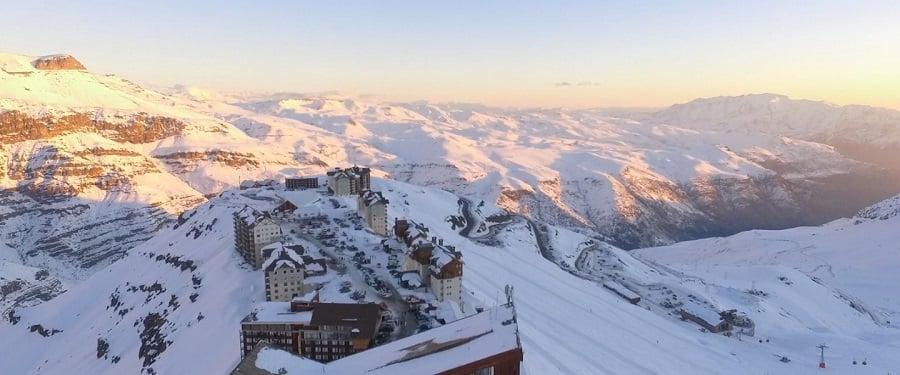 Estação de esqui e Cordilheira dos Andes - Santiago