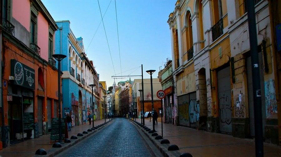 Viagem de carro de Santiago do Chile à Valparaíso