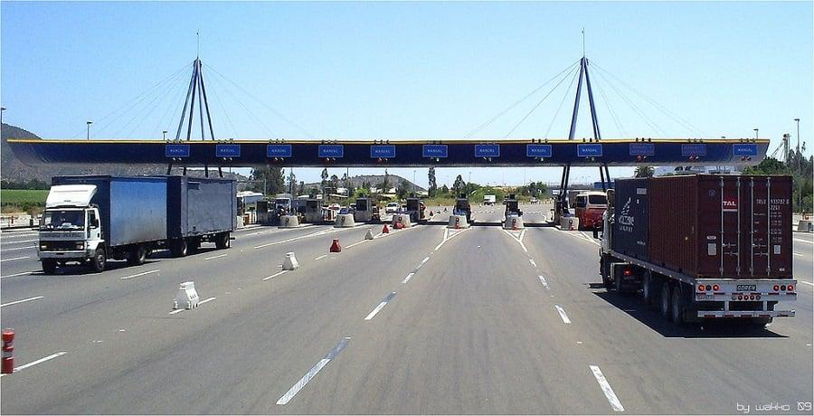 Estrada entre Santiago do Chile a Valparaíso
