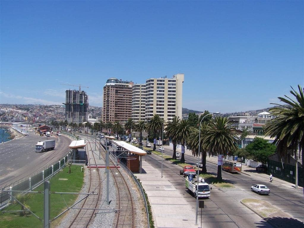 Estrada da viagem de carro de Viña del Mar à Valparaíso