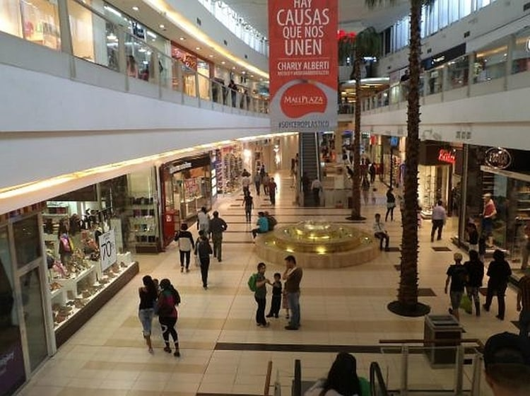 Shopping Mall Plaza Calama