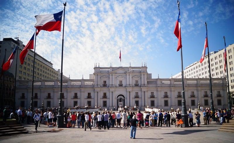 Conhecer o Palácio de La Moneda em Santiago no mês de maio