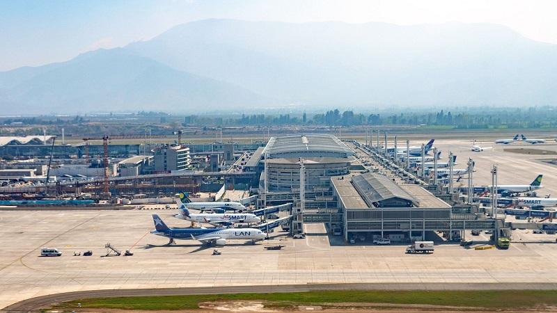Transfer do aeroporto de Santiago até o centro turístico