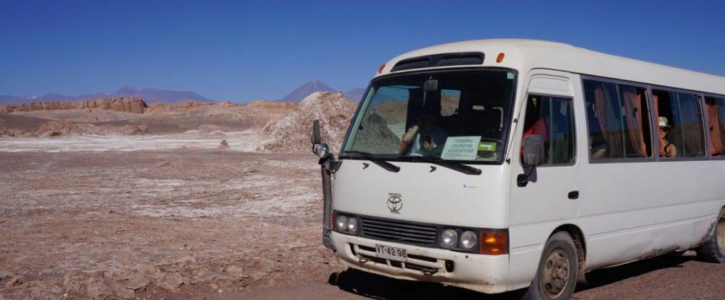 Ônibus de viagem em San Pedro de Atacama