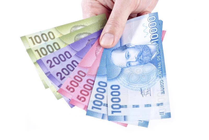 Pesos chilenos em espécie