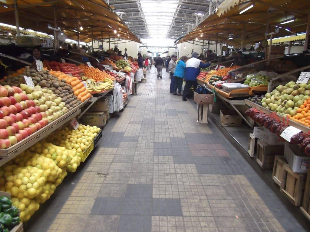 Mercado Feira Pinto em Temuco