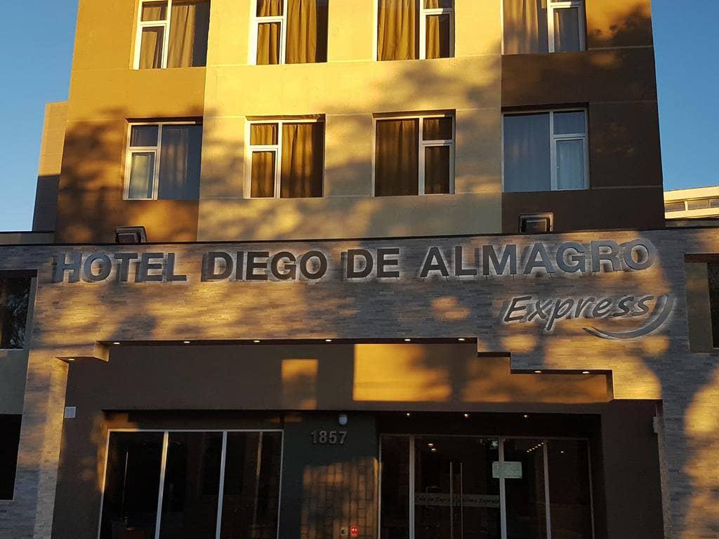 Fachada Hotel Diego de Almagro Calama Express