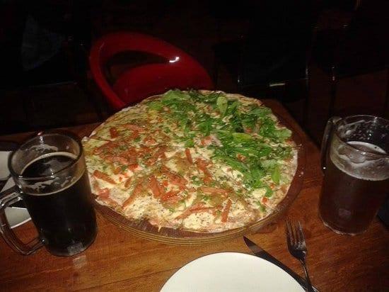 Pizza do Restaurante Parentesis em Puerto Varas