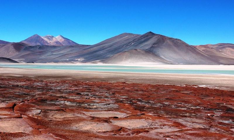 Passeio no vulcão Aguas Calientes no Chile: piedras rojas