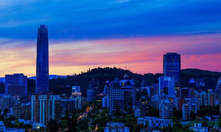 Meses de alta e baixa temporada em Santiago