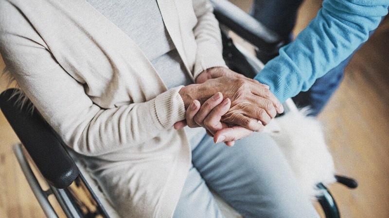 Assistência médica para idosos